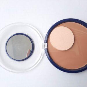 Women's Moisturizing Powder Foundation