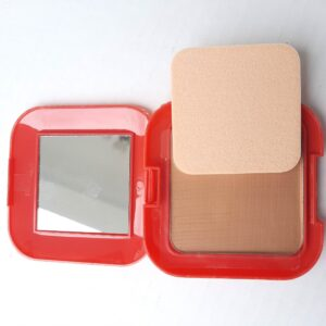 Women's Face Powder & Sponge for Professional Makeup