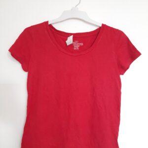 Modern Red T-shirt (Medium)
