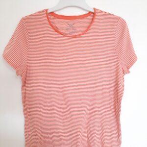 Fancy Pink T-shirt & Simple Black T-shirt (Medium)
