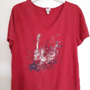 Beautiful Red T-shirt with Nice Frontal Design (Extra Large)