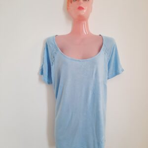 Light Blue T-shirt with Floral Pattern Sides (Extra Large)