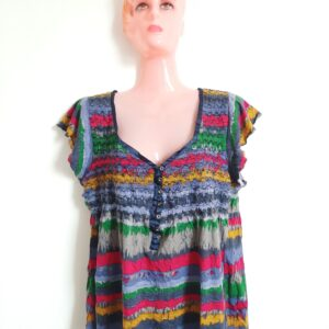Colorful Stylish Wavy Designed Lady's T-shirt (Large)