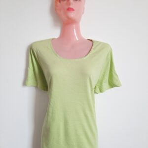 Simple Green Girl's T-shirt (Large)