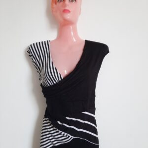 Beautiful Black & White Lady's Dress Top (Extra Large)