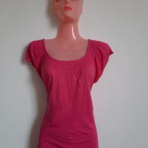 Stylish Pink T-shirt with Designed Neck (Medium)